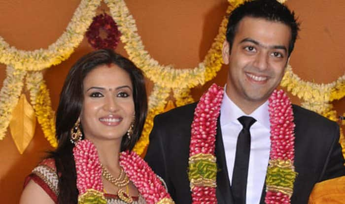 Rajinikanth's daughter Soundarya files for divorce from husband Ashwin