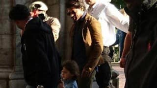 Shah Rukh Khan spotted with son AbRam on the sets of Imtiaz Ali's The Ring!
