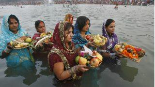 Chhath Puja 2018: जानिये, छठ में क्यों दिया जाता है डूबते सूर्य को अर्घ्य, क्या होता है लाभ