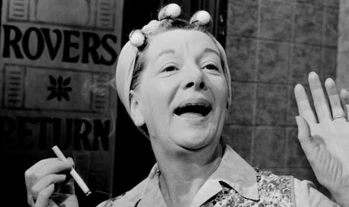 Corrie actress, Jean Alexander, dies aged 90
