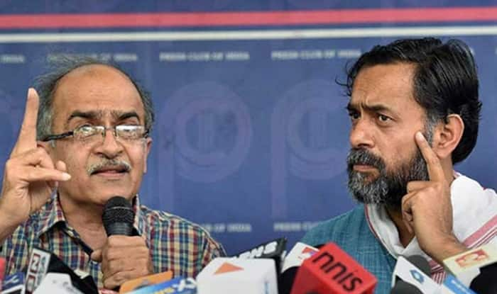 Yogendra Yadav, Prashant Bhushan float 'Swaraj India', slam AAP's 'cult' politics
