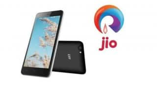 Reliance Jio to offer free calls till March 2017, not end in December!