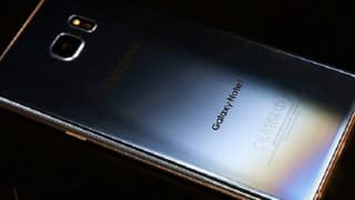 Replacement Samsung Note 7 catches fire on US plane