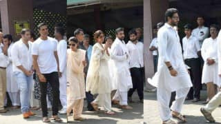 Shilpa Shetty father's funeral pictures: Akshay Kumar, Abhishek Bachchan, Salim Khan pay their last respects (Video)