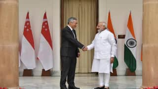 Narendra Modi meets Singapore Prime Minister Lee Hsien Loong