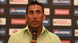 Younis Khan joins squad for second Test