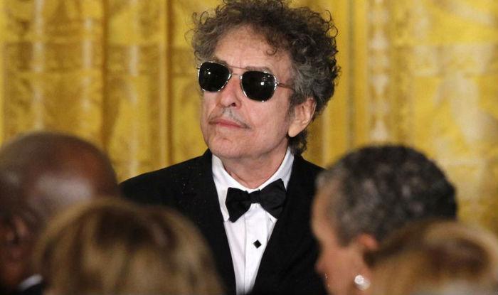 Bob Dylan acknowledges Nobel Prize, says selection left him 'speechless'