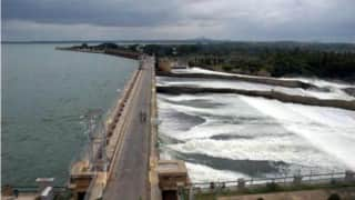 Cauvery row: Supreme Court asks Karnataka to release 2,000 cusecs water per day to Tamil Nadu