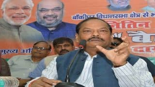 Jharkhand CM Raghubar Das offers financial aid to victims of Maoist attacks