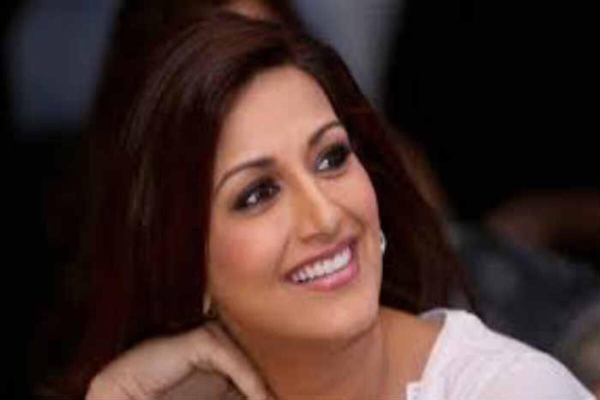 foto de Sonali Bendre Diagnosed With High Grade Cancer: Hina Khan, Ekta ...