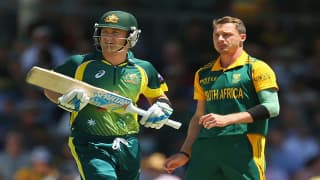 Michael Clarke wants to apologies to South African pacer Dale Steyn