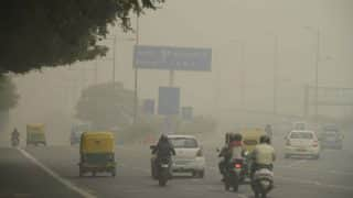 Delhi air quality remains 'severe', Arvind Kejriwal calls for emergency meeting