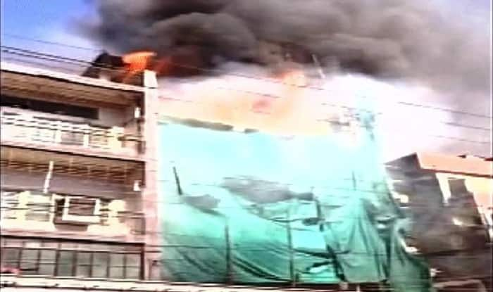 Fire breaks out in Sadar Bazar area of Raipur, 5 fire tenders pressed into service
