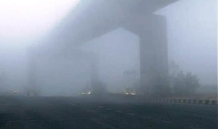 Dense fog envelops northern India, air quality in Delhi and NCR remains 'severe'