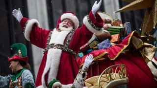 Christmas 2016: Santa Claus fantasy may damage parent-child bond, says study