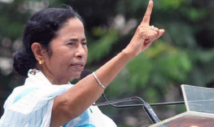 Mamata Banerjee dares Narendra Modi to declare his bank account details