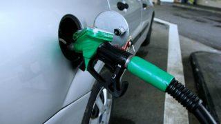 अक्टूबर शुरू होते ही पड़ी महंगाई की मार, पेट्रोल-डीजल से लेकर सीएनजी तक के बढ़े दाम
