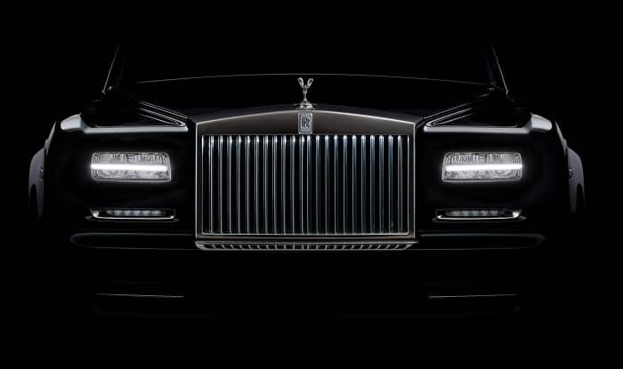 Rolls Royce paid 10 mn pounds to Indian defence agent