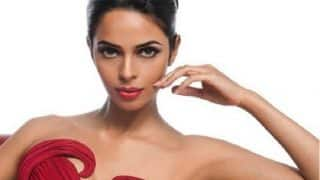 Mallika Sherawat beaten up in Paris: Here's how Twitter reacted to the shocking attack on the Bollywood sex siren!