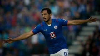 Paraguay striker Roque Santa Cruz to retire from international football