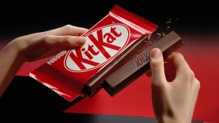 Hungry thief breaks into car, steals Kit Kat, leaves apology