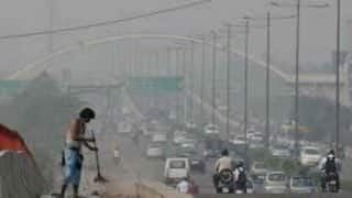 Delhi remains covered in smog, air quality 'severe'
