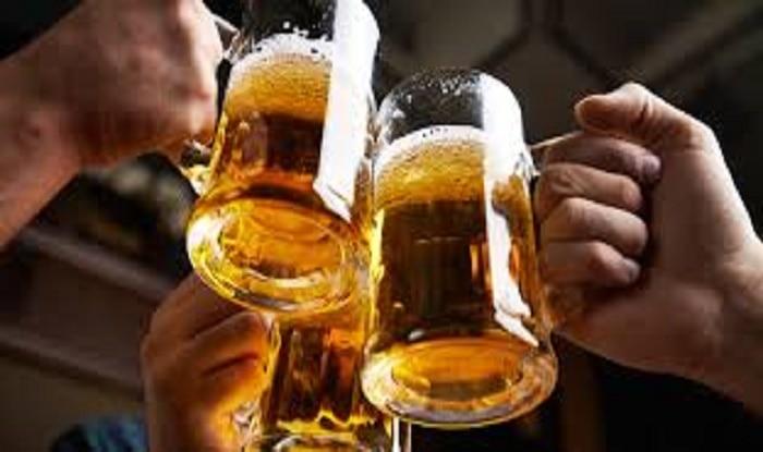 मध्य प्रदेश में महंगी हो सकती है शराब, सरकारी खजाने को भरने के लिए सरकार बढ़ाएगी टैक्स