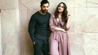 Force 2 actors- Sonakshi Sinha, John Abraham become Mannequins!!(WATCH VIDEO)