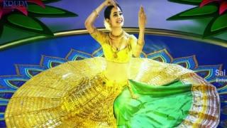 Karwa Chauth Lehenga look: इस करवा चौथ पर पहन रही हैं लहंगा, तो जानें किस तरह का मेकअप करें कैरी