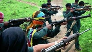 महाराष्ट्र: माओवादियों ने ग्राम पंचायत कार्यालय पर काला झंडा फहराया, लोगों ने डर से नहीं हटाया