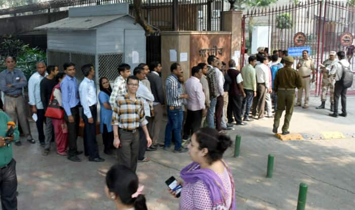 Narendra Modi asks common man's view on demonetisation, launches survey on app