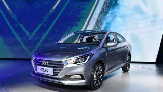 Hyundai Verna 2017 spied in Spain; India launch next year