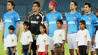 Bollywood Actors inspire kids to play outdoor games