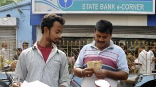 Demonetisation woes: Restrictions on cash withdrawal should continue after Dec 30, banks tell govt