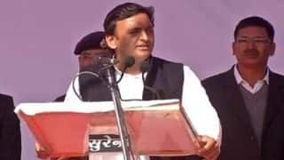 Uttar Pradesh Assembly Election 2017: Akhilesh Yadav releases his own parallel list of 235 candidates defying father Mulayam's announcement