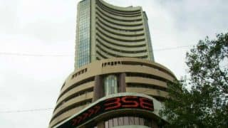 Sensex ends negative on late selling, ahead of F&O expiry