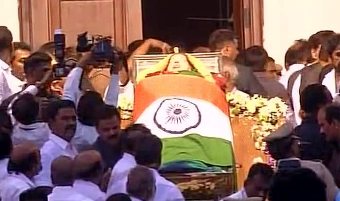 Indian film industry mourns Jayalalithaa's demise