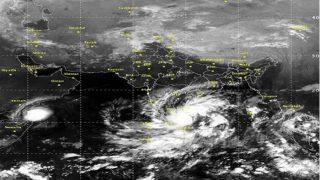 """चक्रवाती तूफान """"नाडा"""" से तमिलनाडू के समुद्री इलाकों में भारी बारिश के संकेत, भारतीय नेवी अलर्ट पर"""