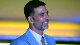 B-town's Khiladi Akshay Kumar to play Sanitary Man in his next! Watch Video