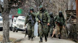 कश्मीर में सैन्य हलचल पर गृह मंत्रालय ने कहा- सार्वजनिक तौर पर नहीं की जा सकती ऐसी बातों पर चर्चा