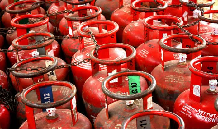 LPG Prices See Hike Again as Govt Increases Dealer Commission; Cylinder in Delhi to Cost Rs 507.42