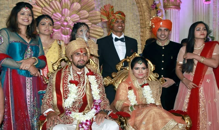 Ishant Sharma Ties The Knot With Pratima Singh Ms Dhoni Is Among