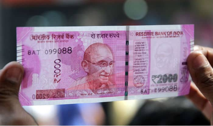 West Bengal: Alleged member of Pakistan-backed counterfeit currency racket arrested with fake Rs 2000 notes