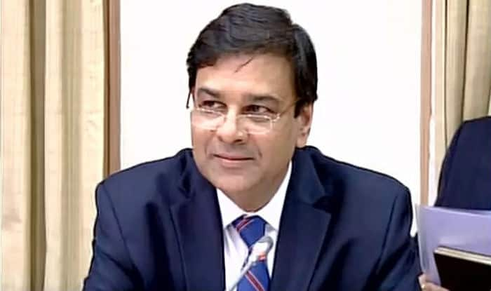RBI keeps interest rates unchanged in first policy review after demonetisation