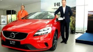 Volvo V40, V40 Cross Country 2017 launched in India; Price starts at INR 27.2 lakh