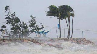 Cyclone Titli Nears Odisha, Andhra Pradesh; Over 3 Lakh Evacuated, Army on Standby