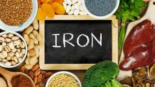 Food For Iron Deficiency: शरीर में हो गई है खून की कमी तो घबराएं नहीं, जानें क्या खाएं