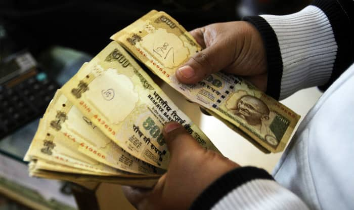 Scrapped Rs 5000 notes (file image)