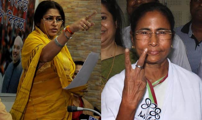 BJP's Locket Chatterjee and Roopa Ganguly attacks TMC for Mamata Banerjee's flight row