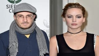 Jennifer Lawrence wants Darren Aronofsky to stay with her